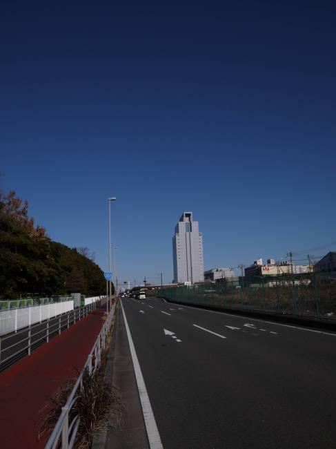 1035_ヘロヘロの産業道路.JPG